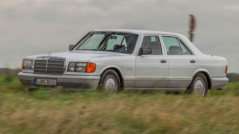 The 1979-91 W126: slipperier bodywork, and a move to plastic bumpers