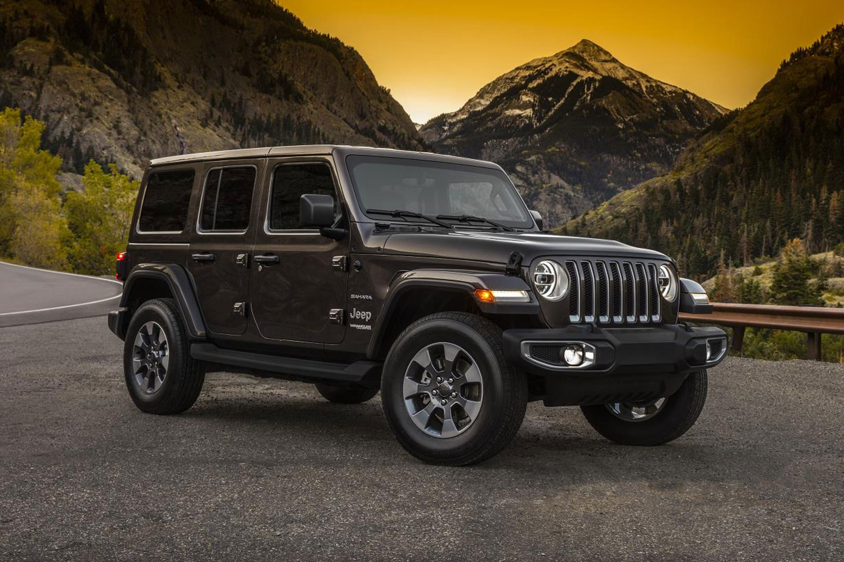 new 2018 jeep wrangler first official pictures by car magazine. Black Bedroom Furniture Sets. Home Design Ideas