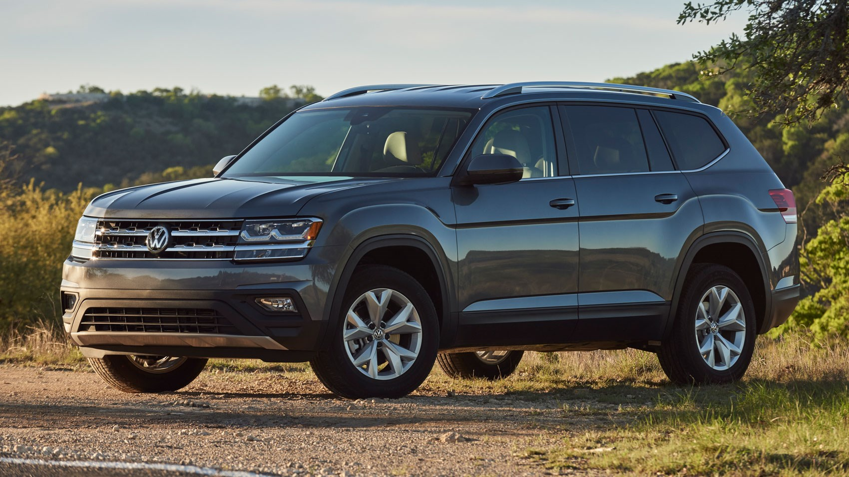 vw atlas 2017 review by car magazine. Black Bedroom Furniture Sets. Home Design Ideas