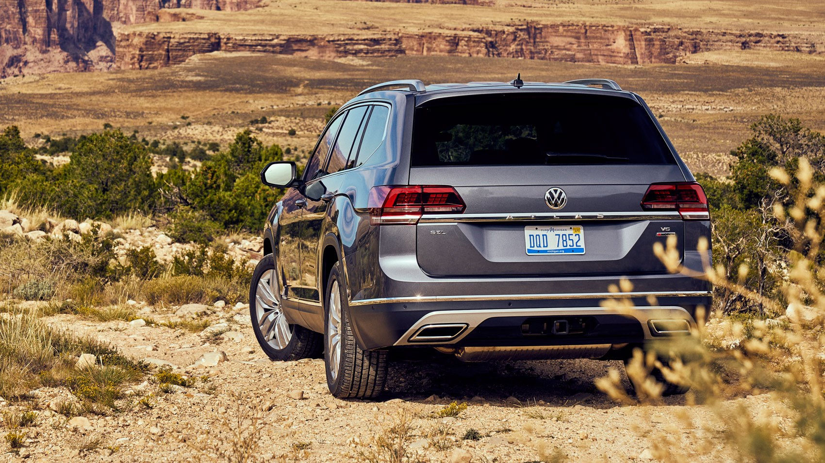 VW Atlas (2017) review by CAR Magazine