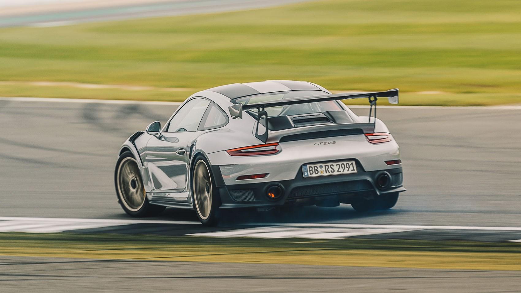 Porsche 911 Gt2 Rs 2017 Review Car Magazine