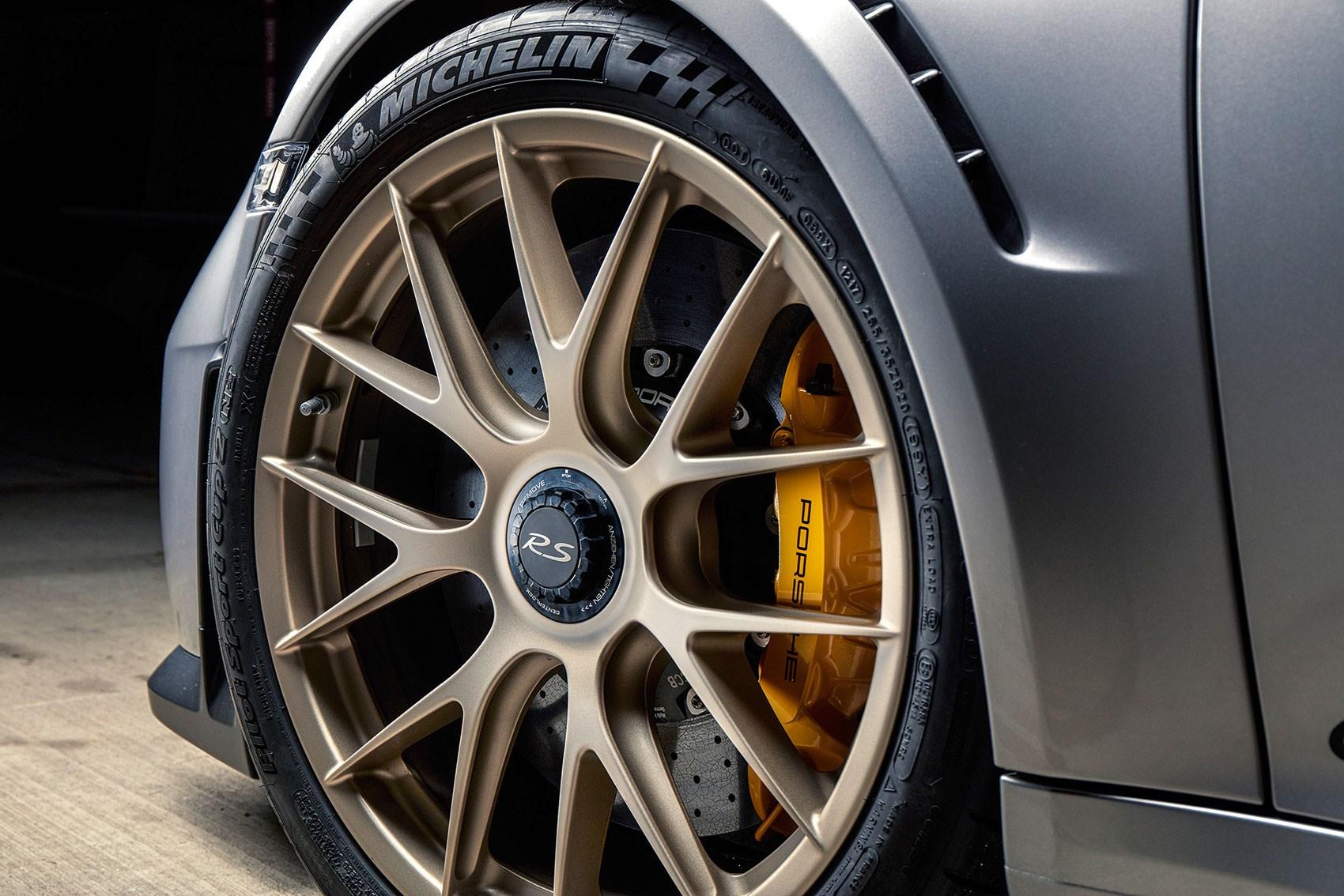 z_911_GT2_RS_alloys Wonderful Porsche 911 Gt2 Rs Review Cars Trend