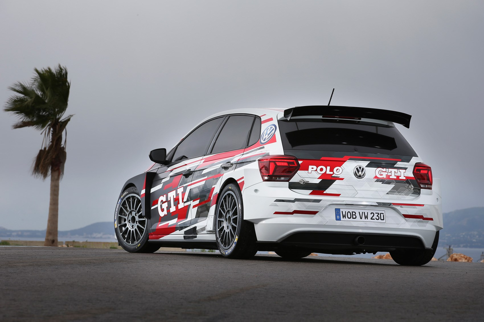 Vw Polo Gti R5 Amped Up Rally Hatch Revealed Car Magazine