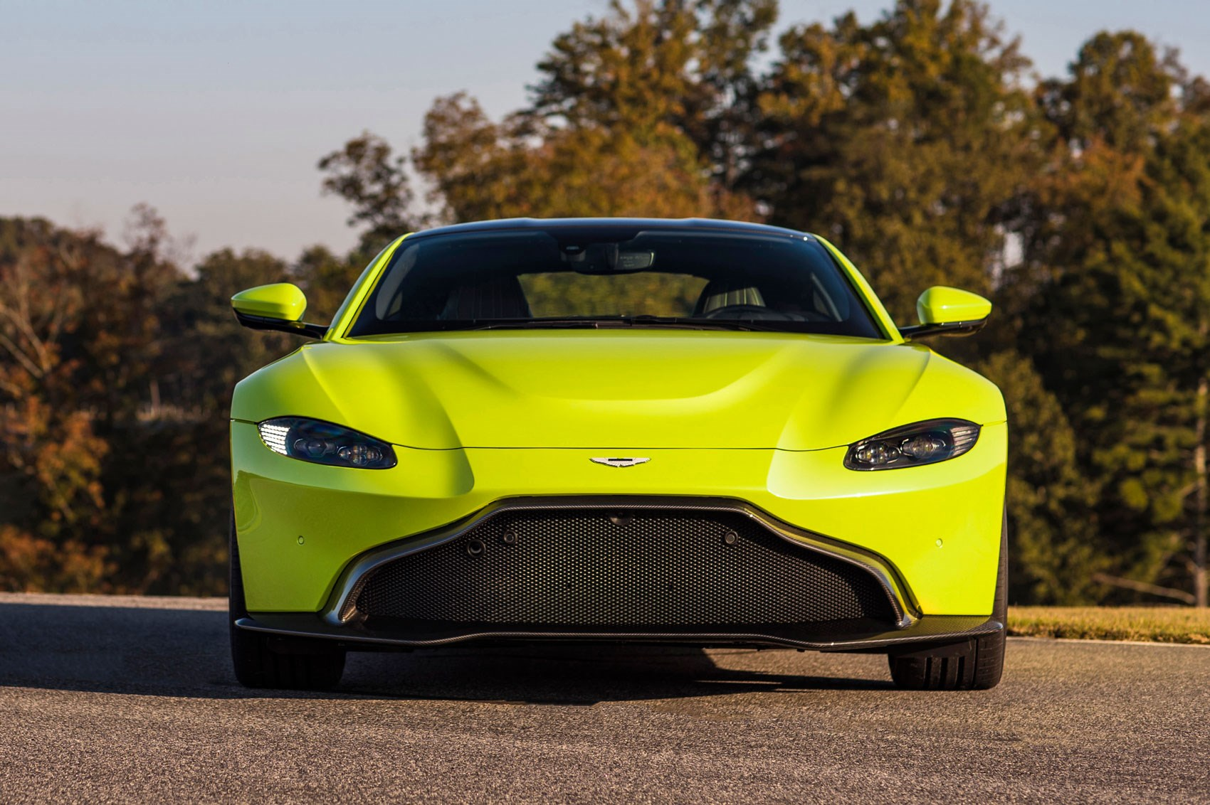 aston martin vantage 2018 side view. Inside The Cabin Of New 2018 Aston Martin Vantage: Yellow Trim Optional Vantage Side View