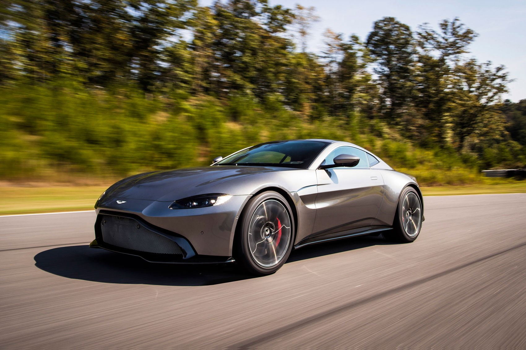 the new 2018 aston martin vantage revealed in pictures car magazine. Black Bedroom Furniture Sets. Home Design Ideas