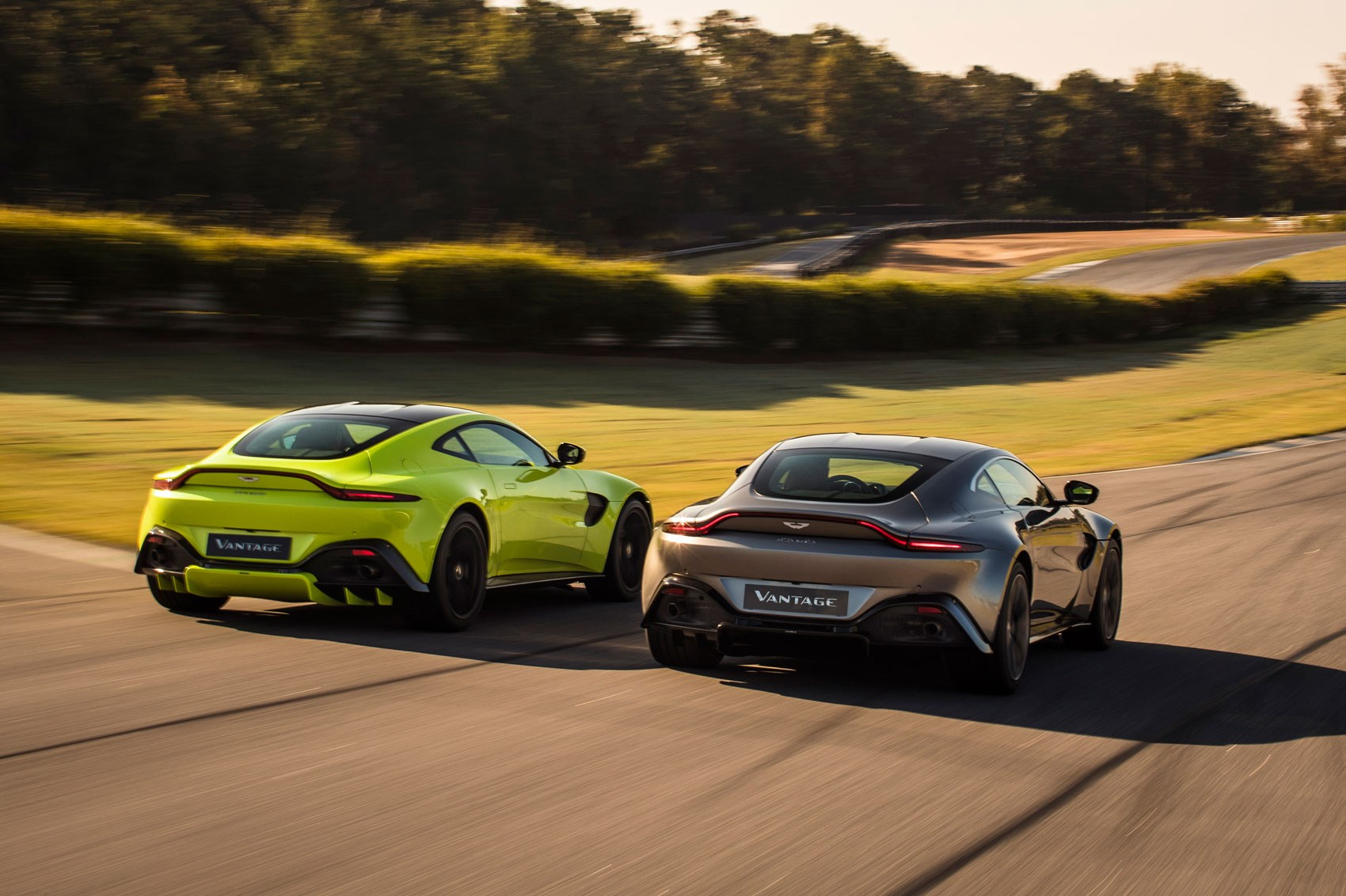 the new 2018 aston martin vantage revealed in pictures | car magazine