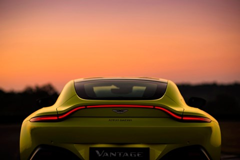 Aston Martin Vantage 2018: the rear end