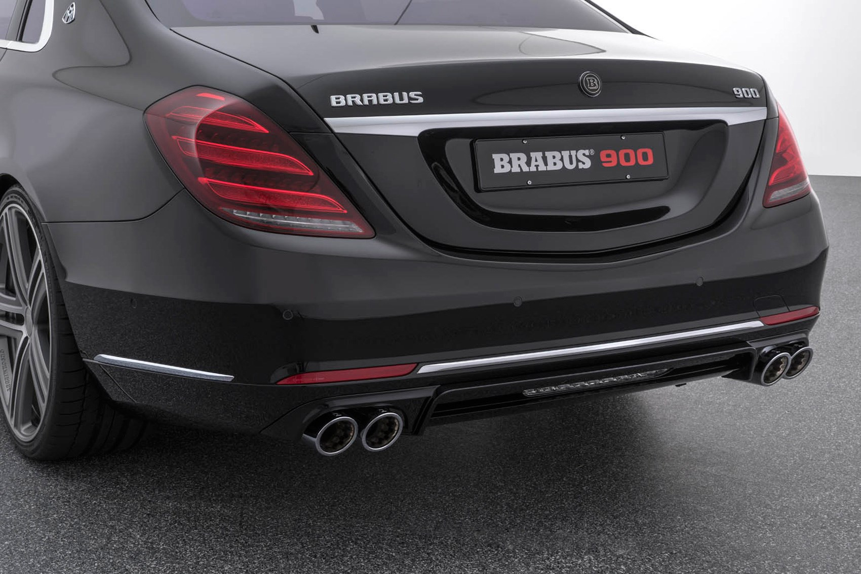 Demonic Limo Mercedes S Class Facelift Gets 888bhp Brabus