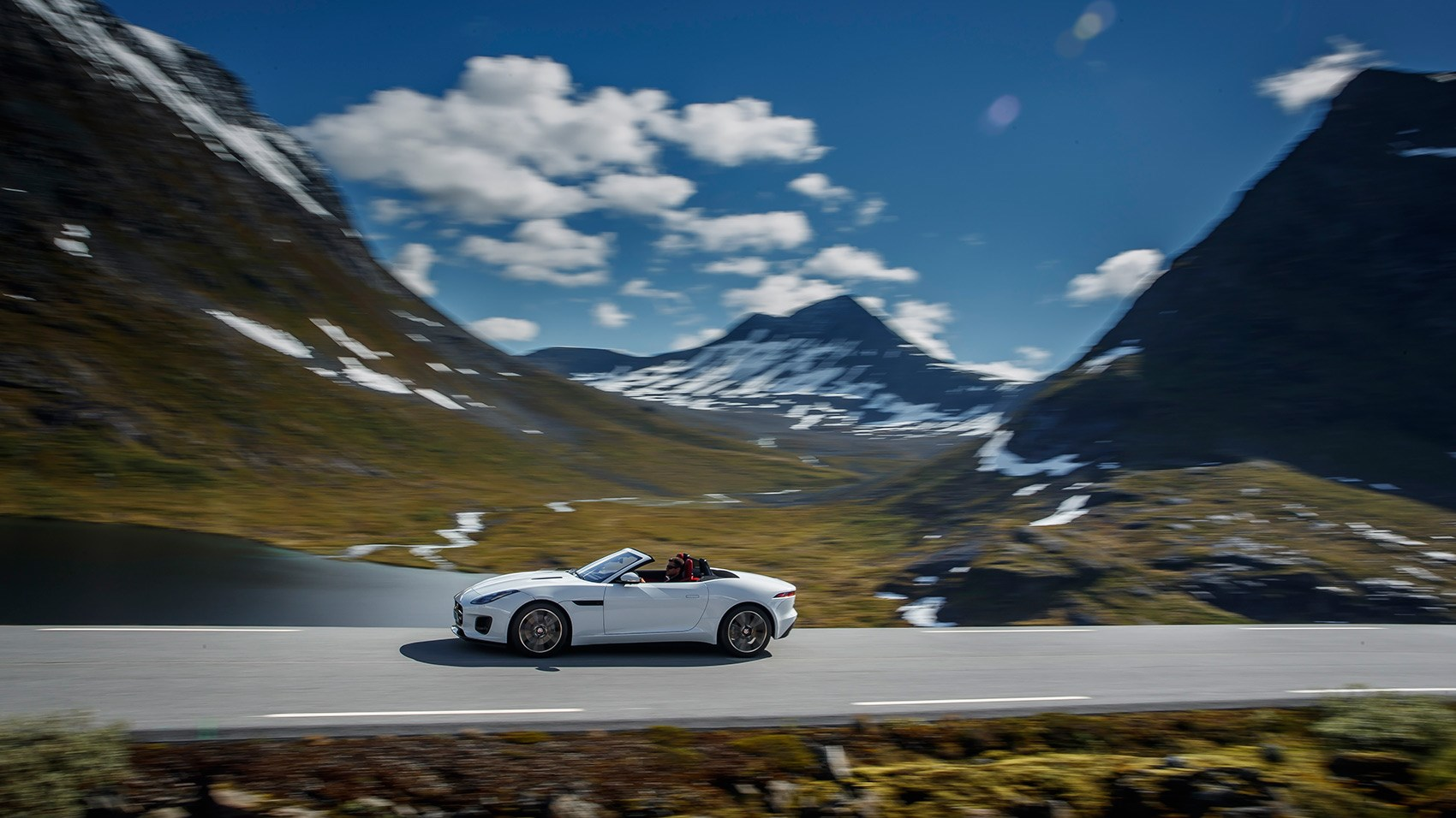 Jaguar F-type Convertible four-cylinder review by CAR magazine