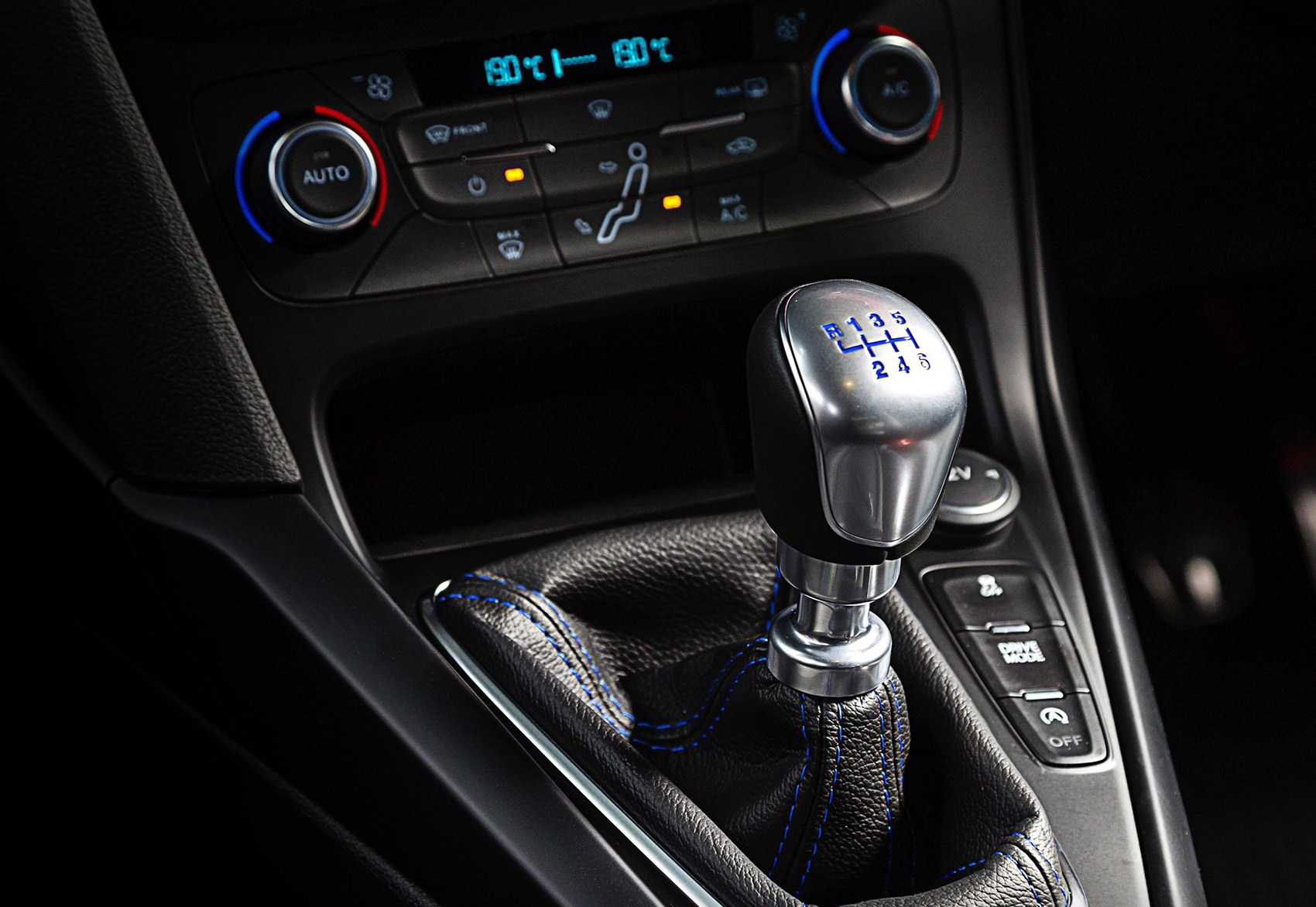 Six Sd Manual Gearbox Keeps The Diy Alive In New Ford Focus Rs