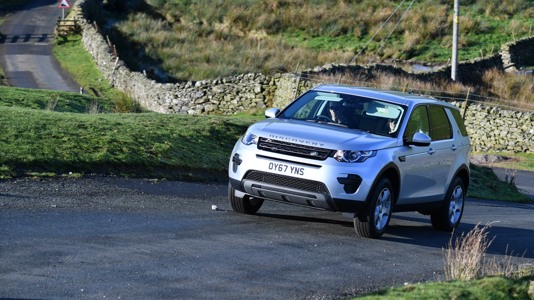 Land Rover Discovery Sport Td4 Facelift 2017 Review