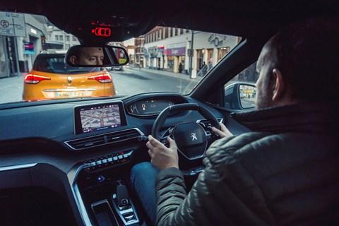 Peugeot 3008 Steve driving