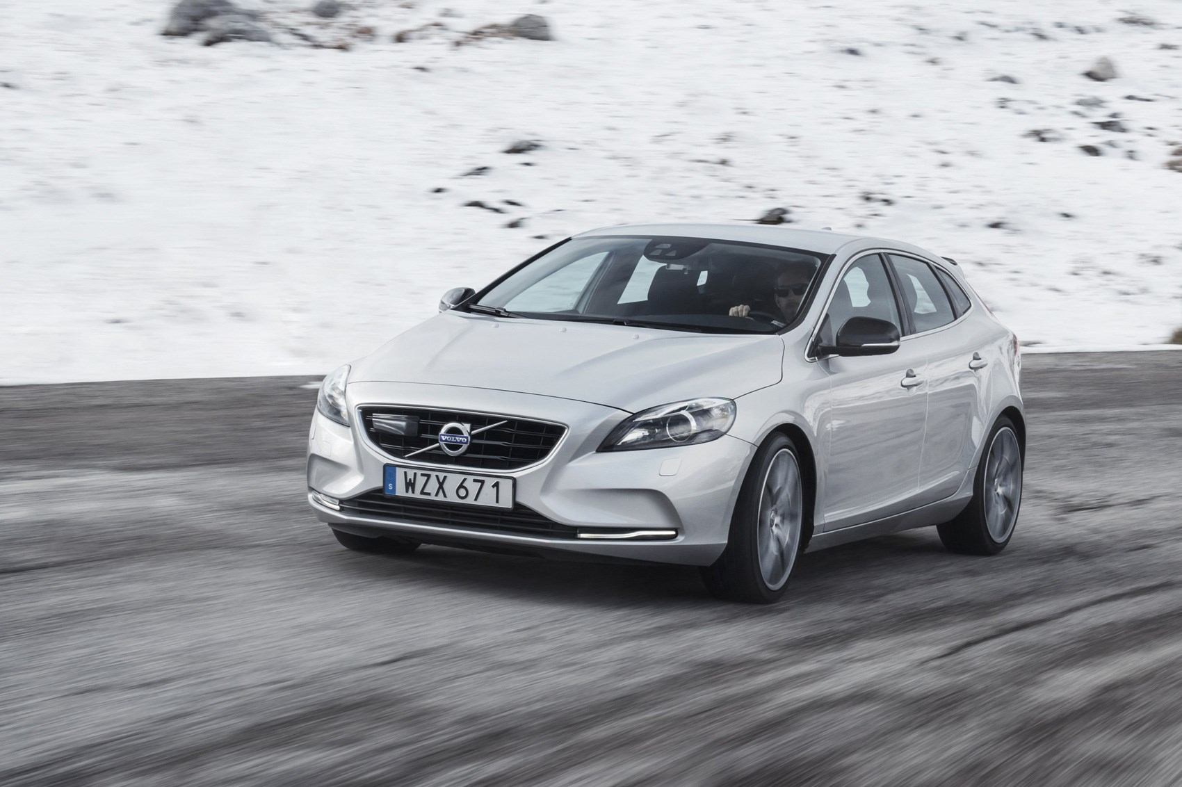 Volvo V40 T5 R Design Pro Polestar 2017 Review