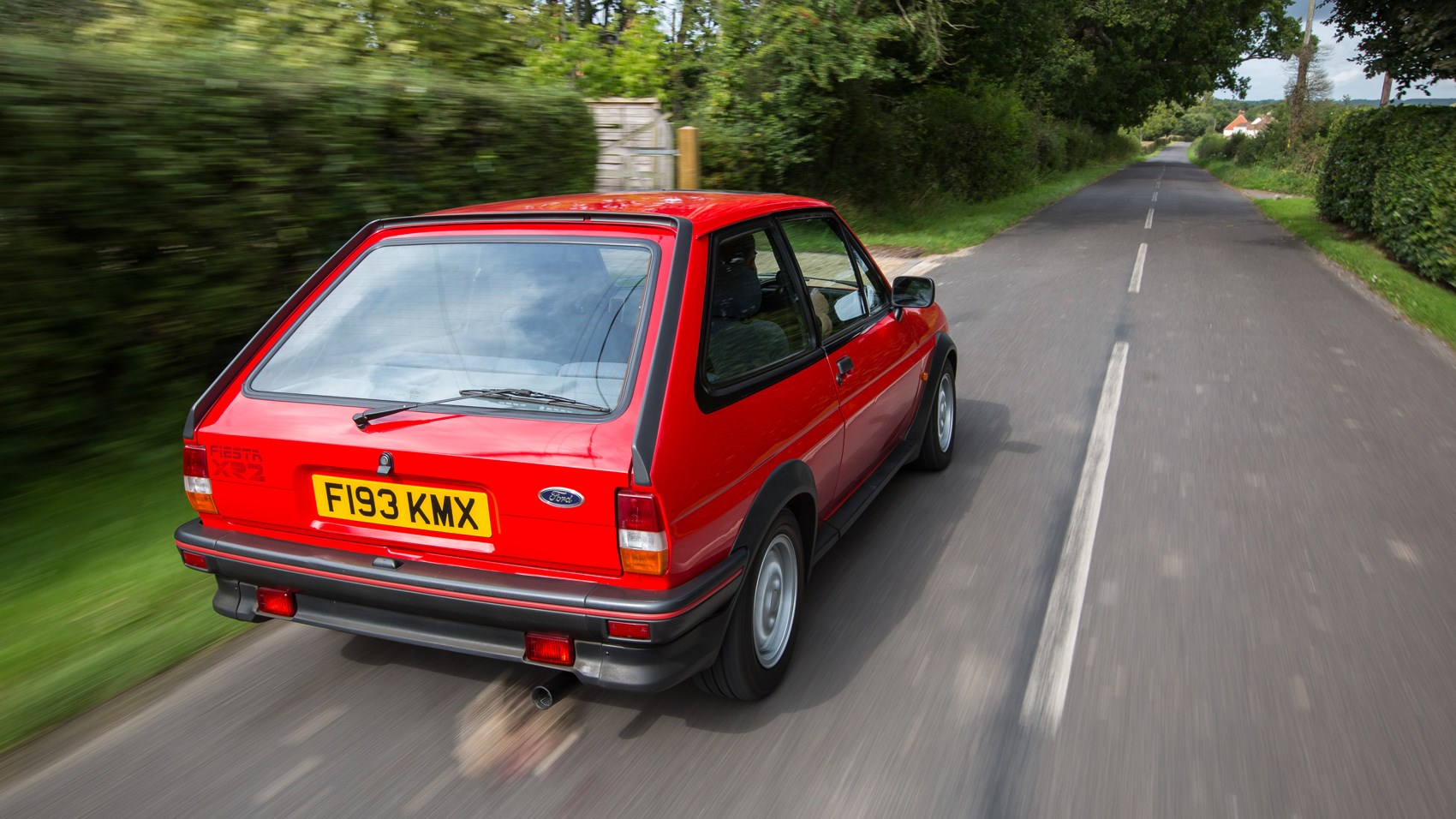 Ford Fiesta XR2 rear tracking