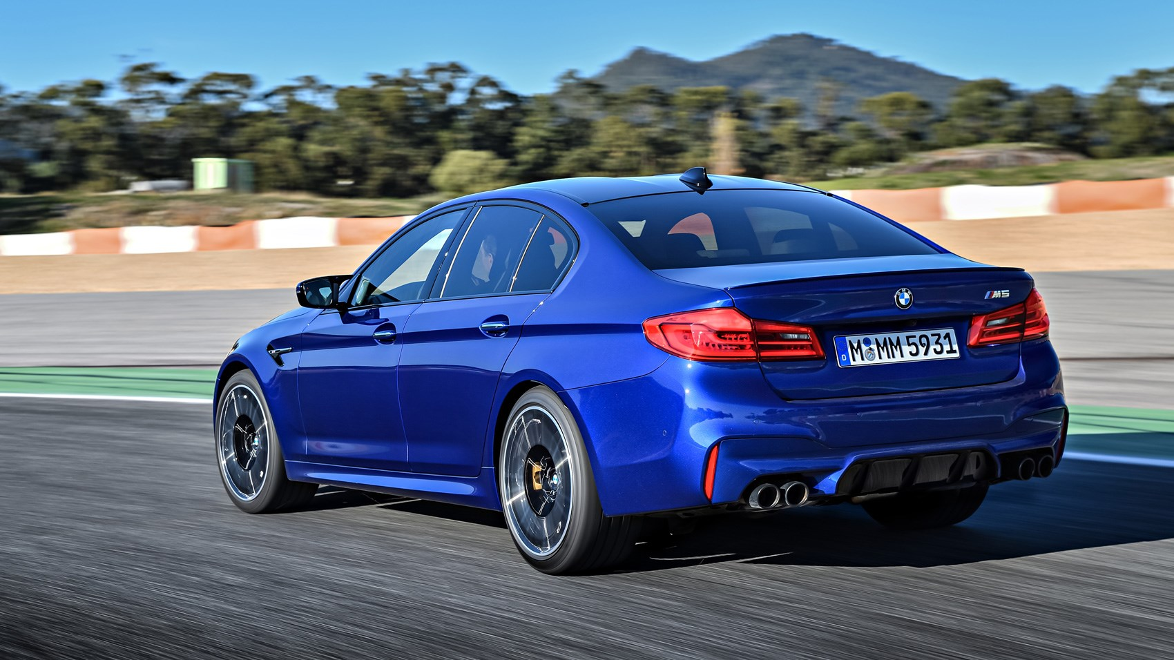 bmw m5 2018 review m gets awd car magazine. Black Bedroom Furniture Sets. Home Design Ideas