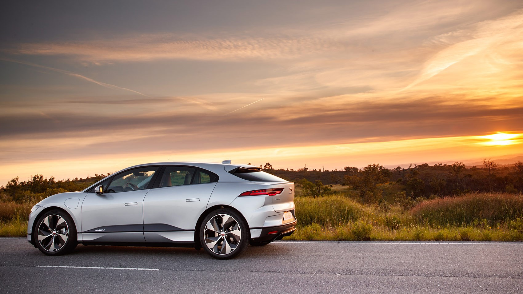 Jaguar I-Pace (2018) Review: Specs, Prices, Pictures, On