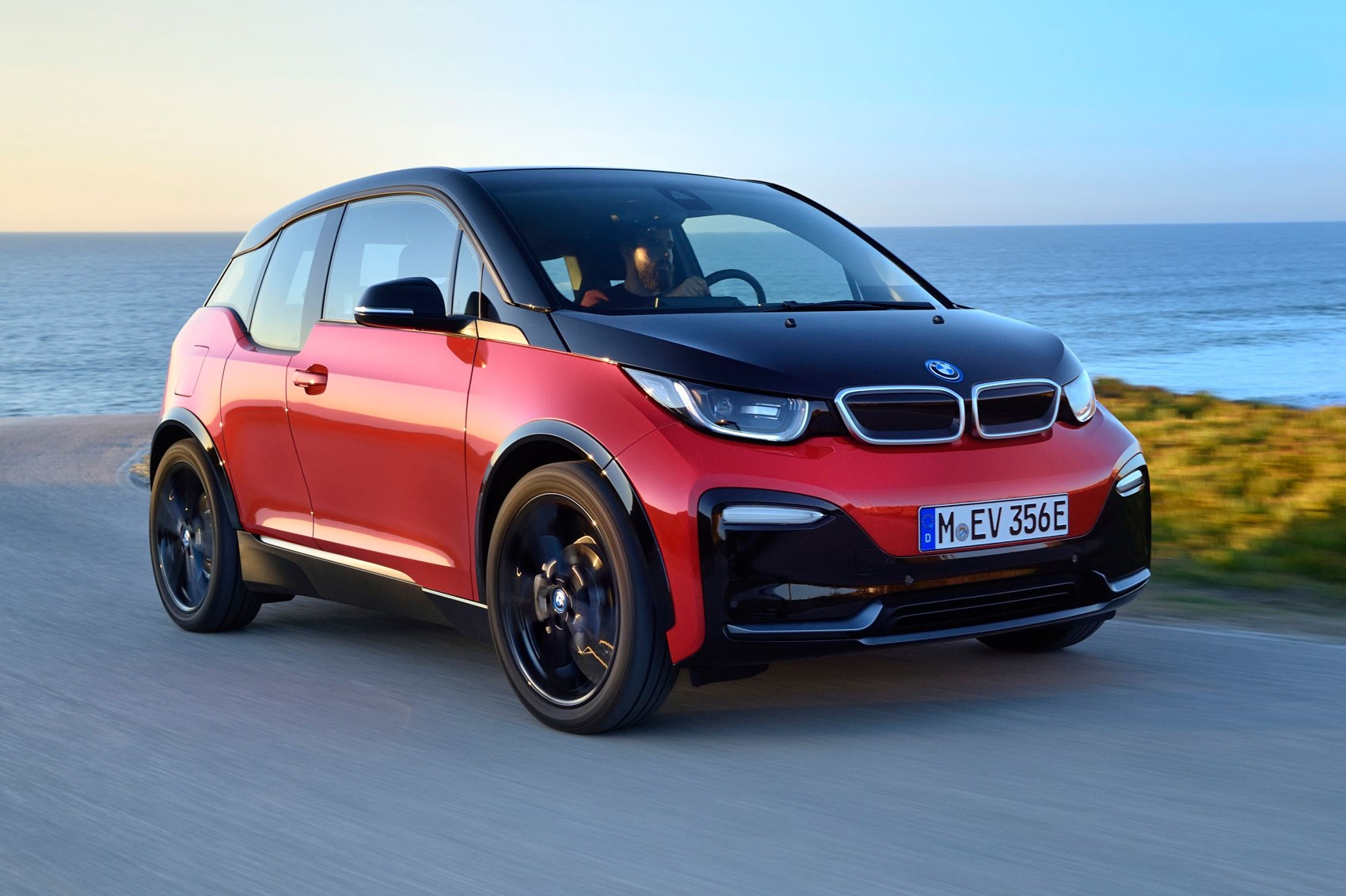 bmw i3 s 2018 review car magazine. Black Bedroom Furniture Sets. Home Design Ideas