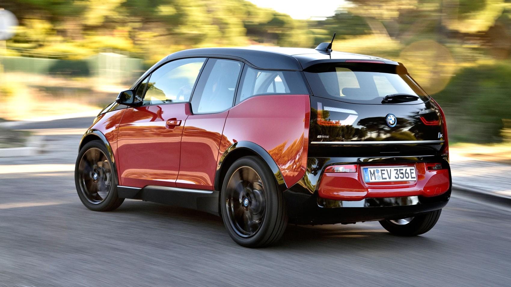 BMW i3 S rear tracking