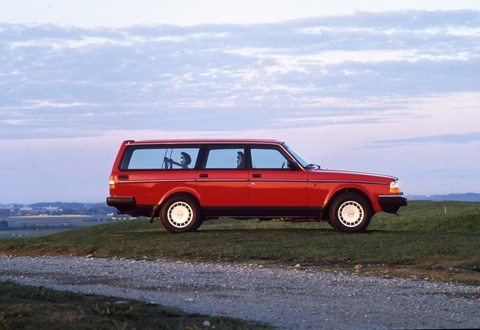 Volvo 240: an old kinda Swedish keeper