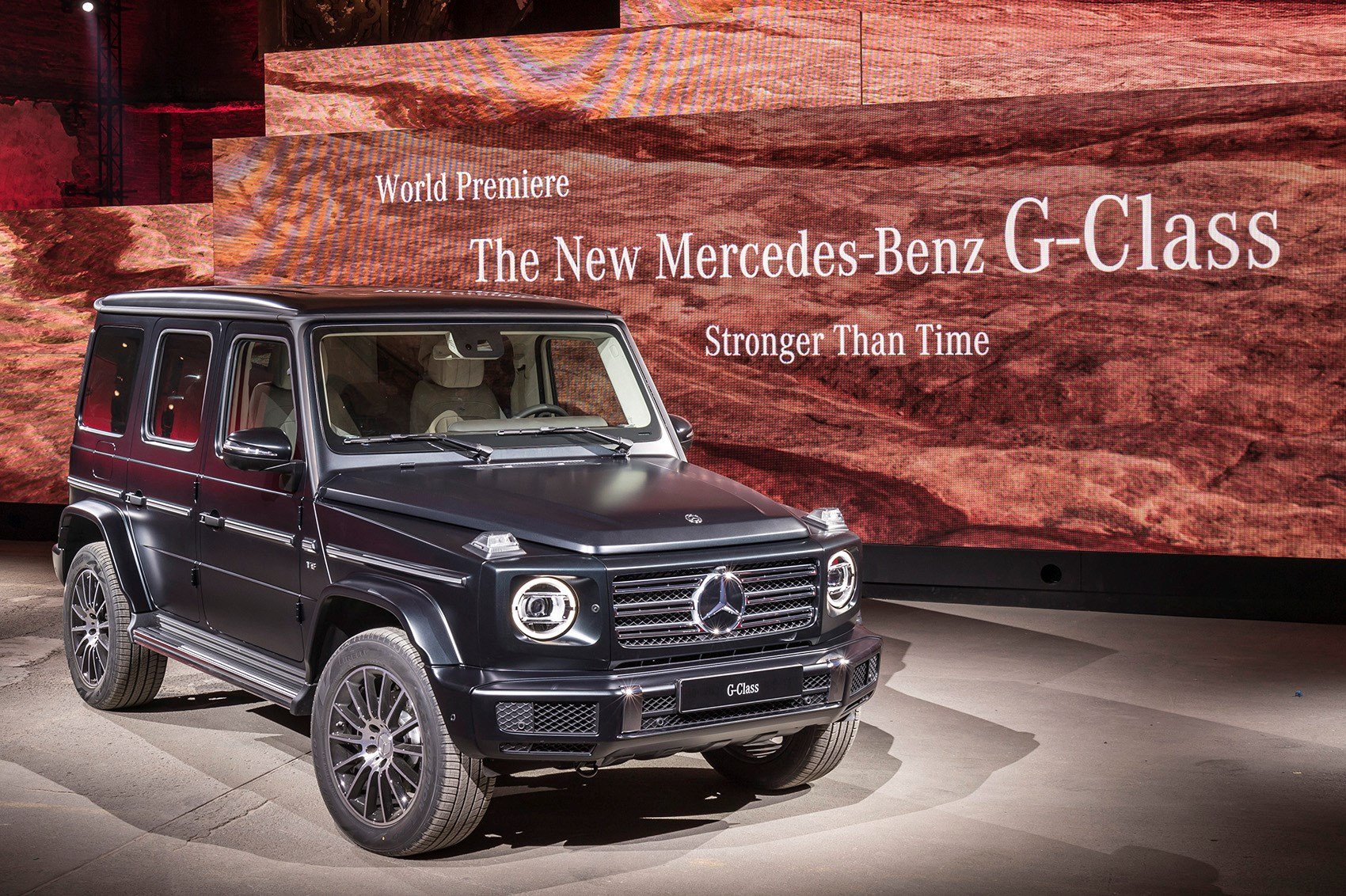 mercedes g class 2018 pictures specs and info by car. Black Bedroom Furniture Sets. Home Design Ideas