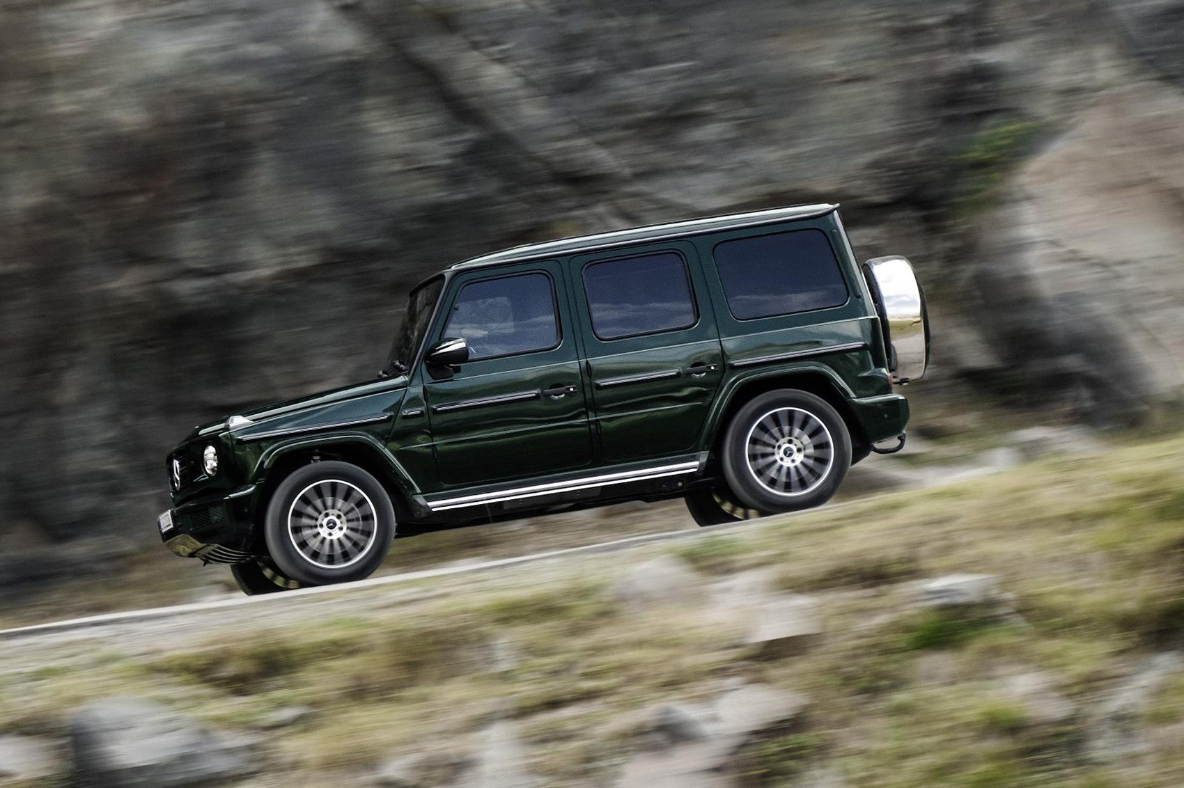 Mercedes g class 2018 pictures specs and info car for Mercedes benz g class pictures
