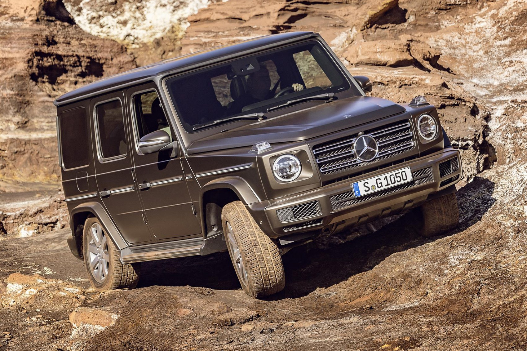 mercedes g class 2018 pictures specs and info car magazine. Black Bedroom Furniture Sets. Home Design Ideas