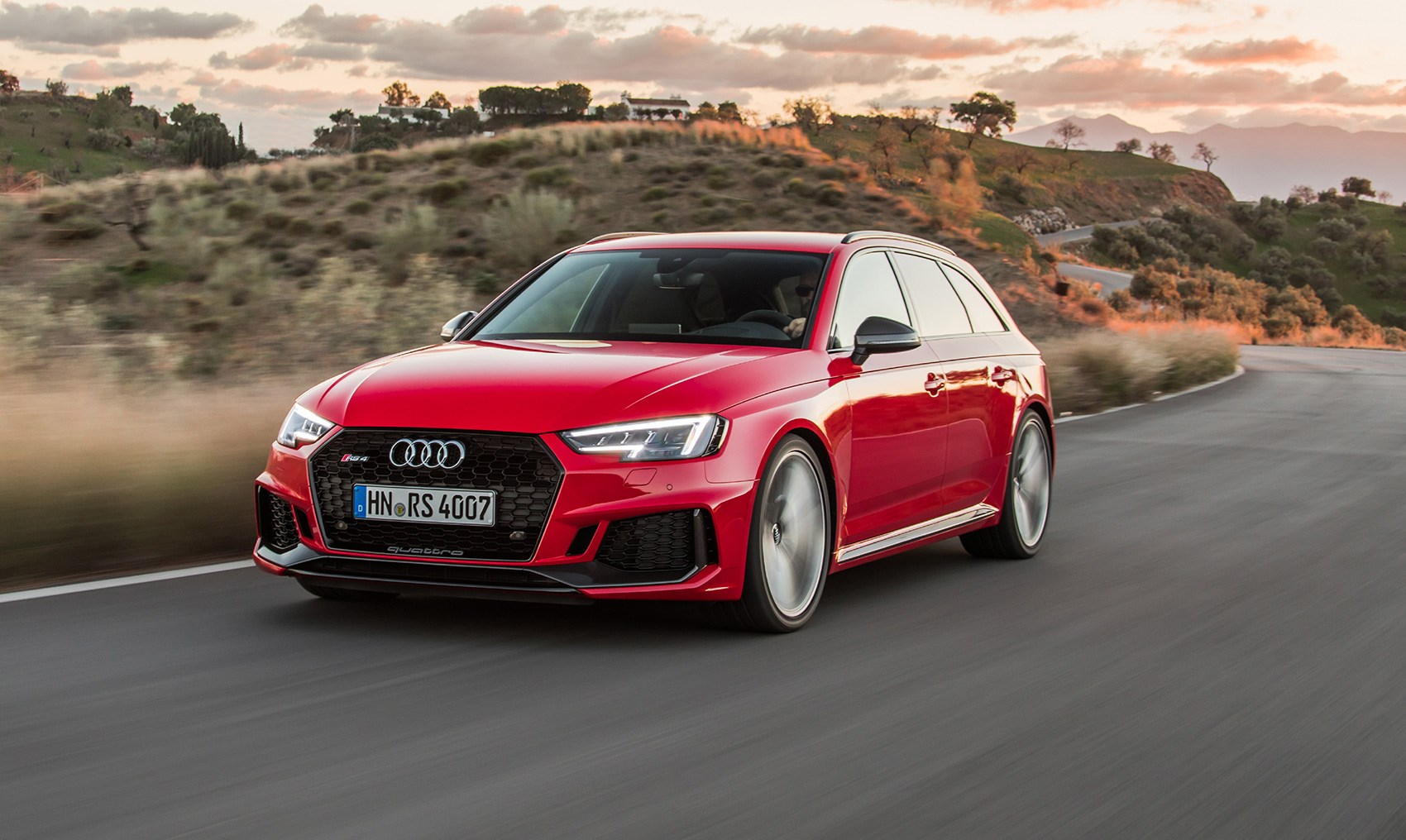 new audi rs4 avant 2018 review rs5 thrills with added. Black Bedroom Furniture Sets. Home Design Ideas