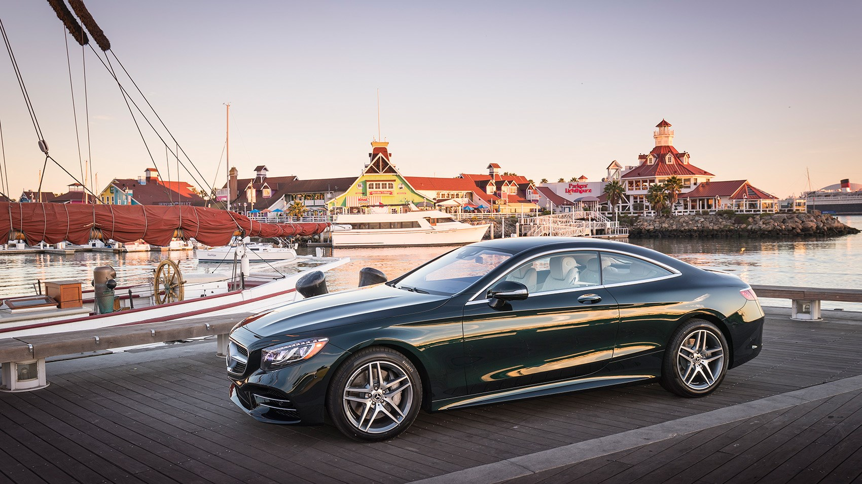 https://www.carmagazine.co.uk/Images/PageFiles/78657/Merc_S-class_Coupe_03.jpg