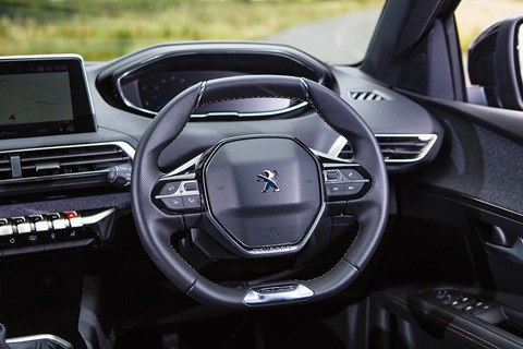 Peugeot 3008 interior: the tiny i-Cockpit steering wheel