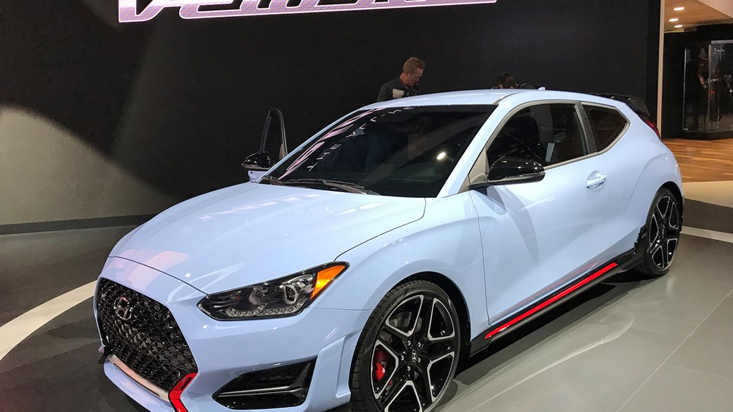 New Hyundai Veloster (2018): new coupe blasts into NAIAS 2018 with hot N version