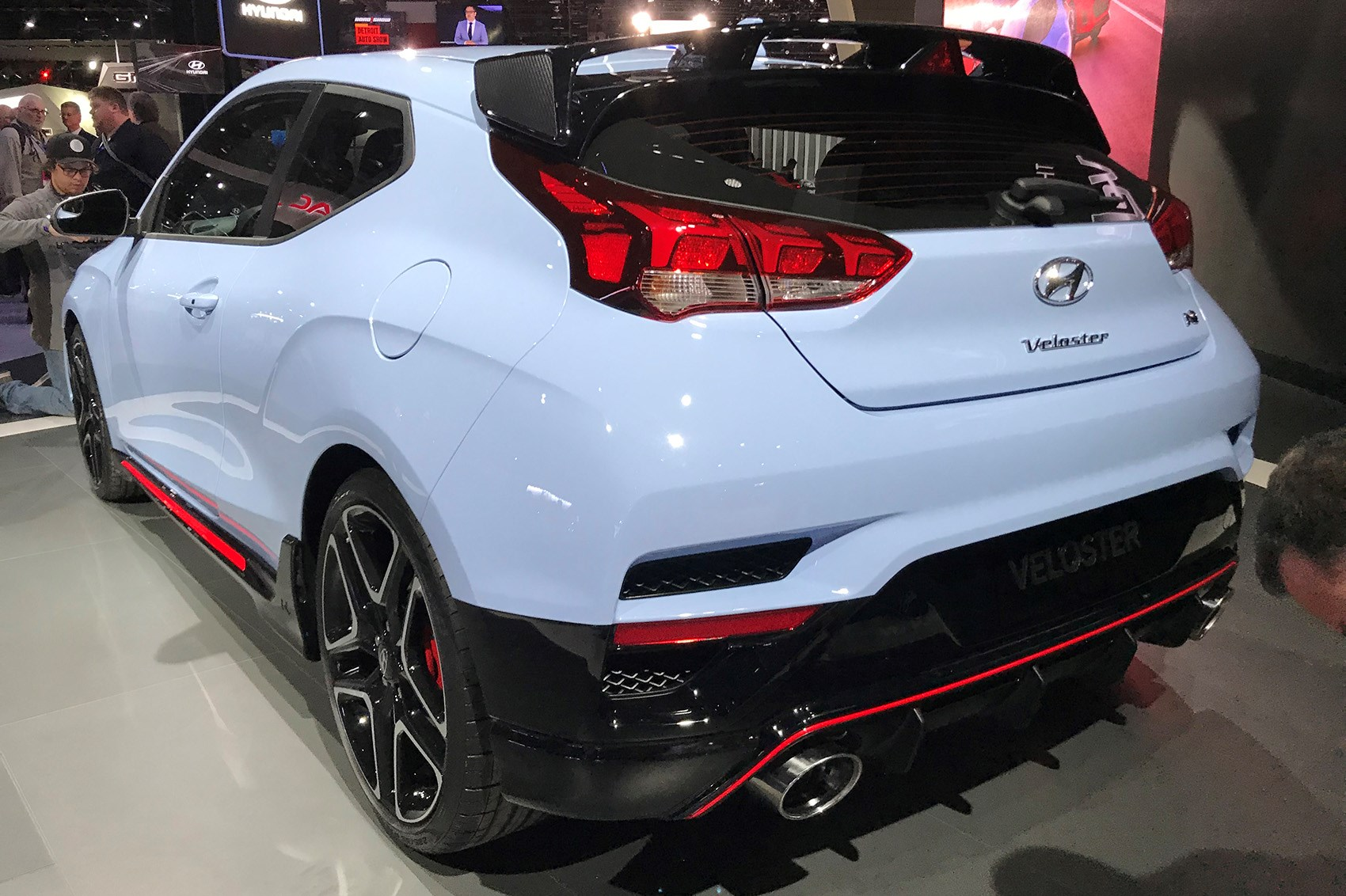 New Hyundai Veloster 2018 New Coupe Blasts Into Naias 2018 With