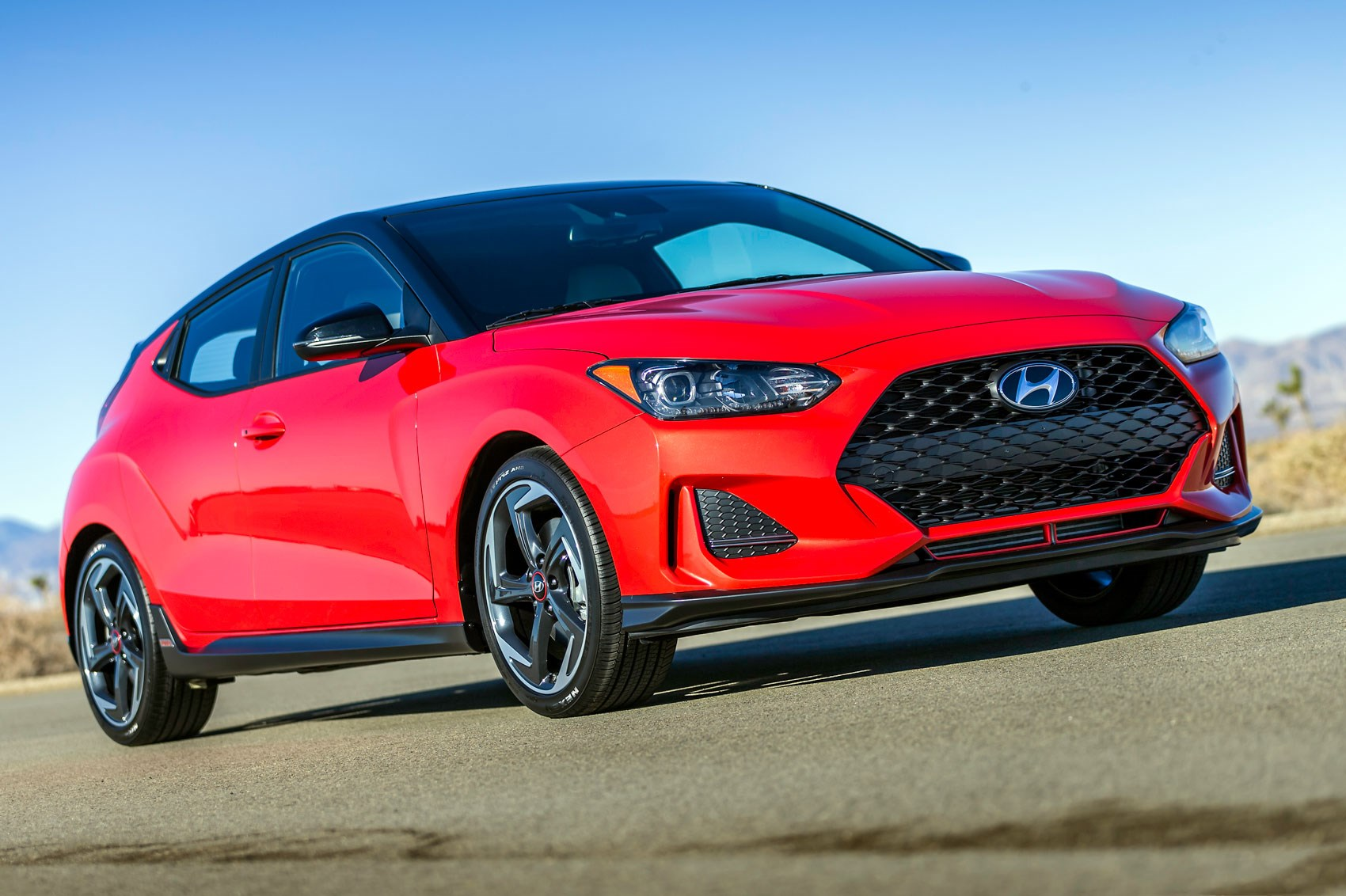 new hyundai veloster 2018 new coupe blasts into naias 2018 with hot n version car magazine. Black Bedroom Furniture Sets. Home Design Ideas