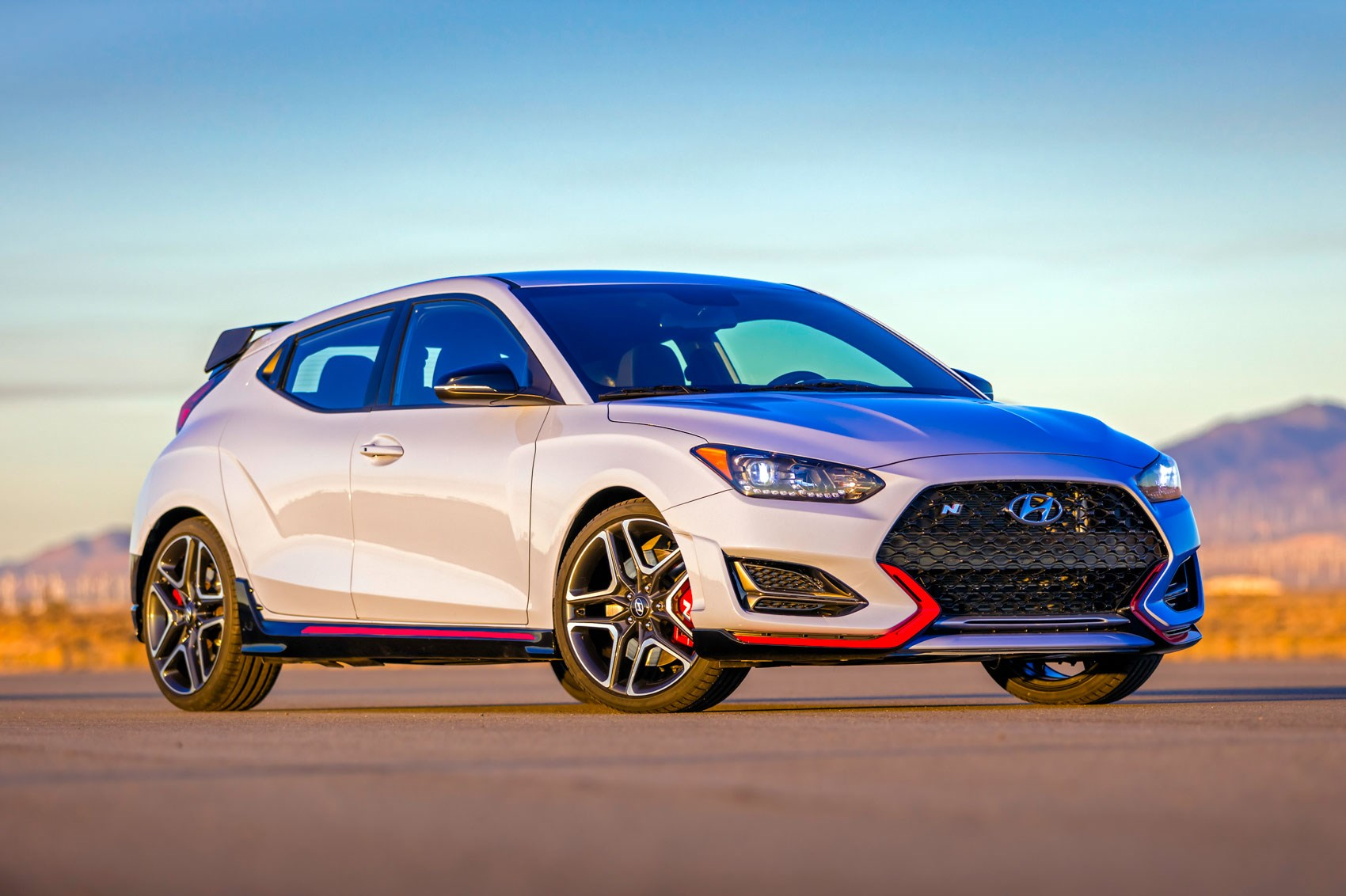 New Hyundai Veloster 2018 Coupe Blasts Into Naias With Hot N
