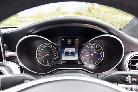Mercedes-AMG C43 Coupe instruments