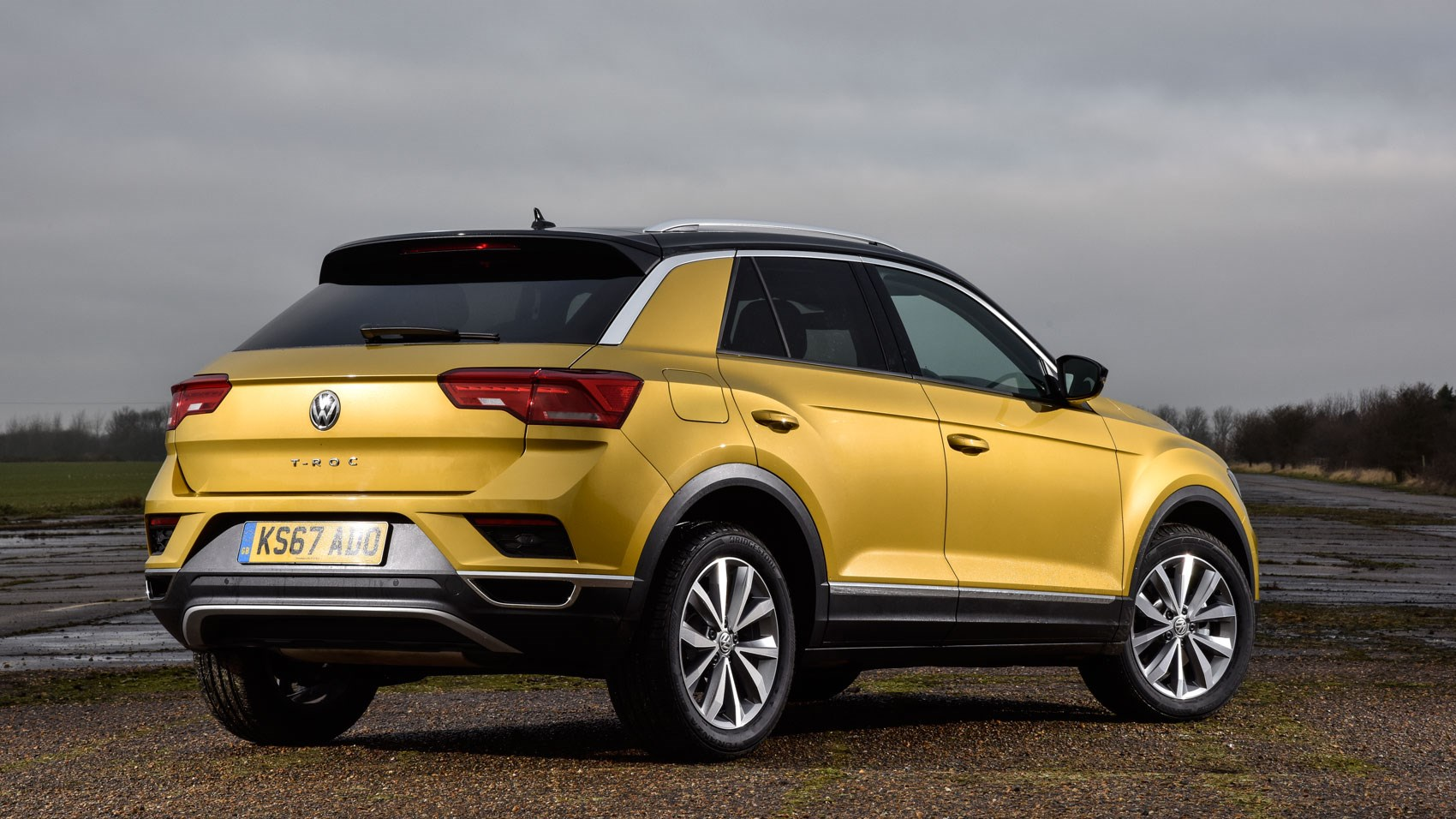 0 Down Lease Deals >> VW T-Roc 1.0 TSI Design (2018) review | CAR Magazine