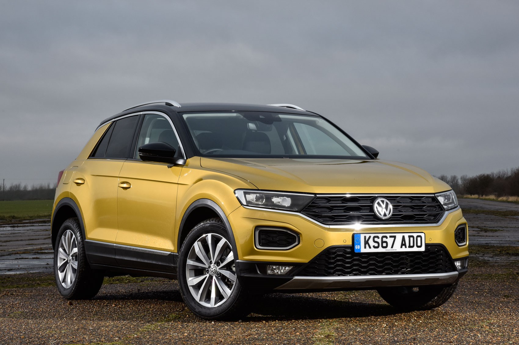 Vw T Roc 1 0 Tsi Design 2018 Review By Car Magazine