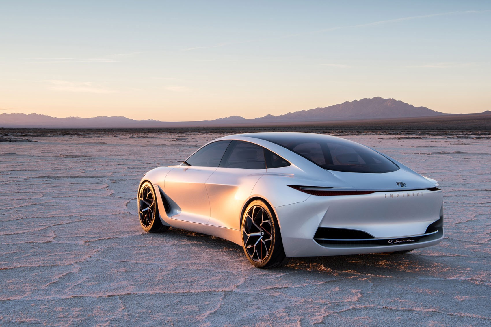 Cars That Start With Q >> Infiniti Q Inspiration Concept Is A Zen Wellbeing Instructor