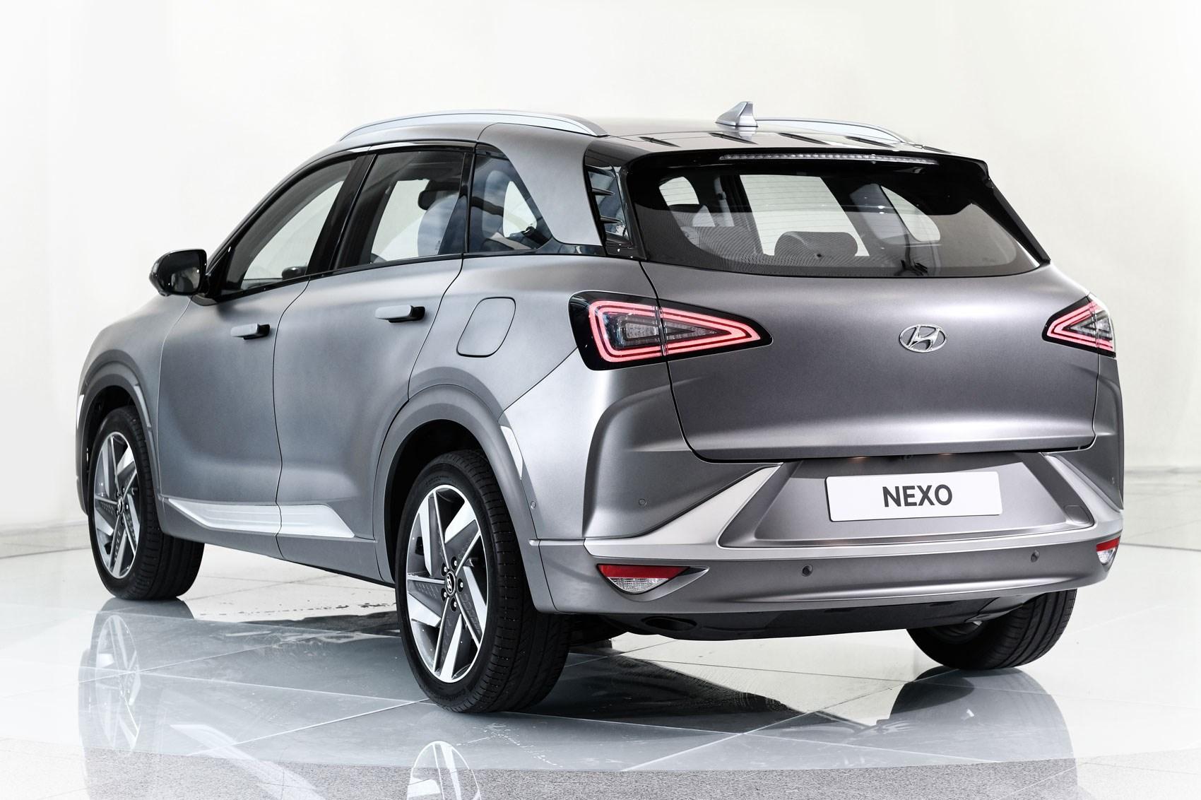 New Hyundai NEXO: hydrogen SUV heading for UK in January ...
