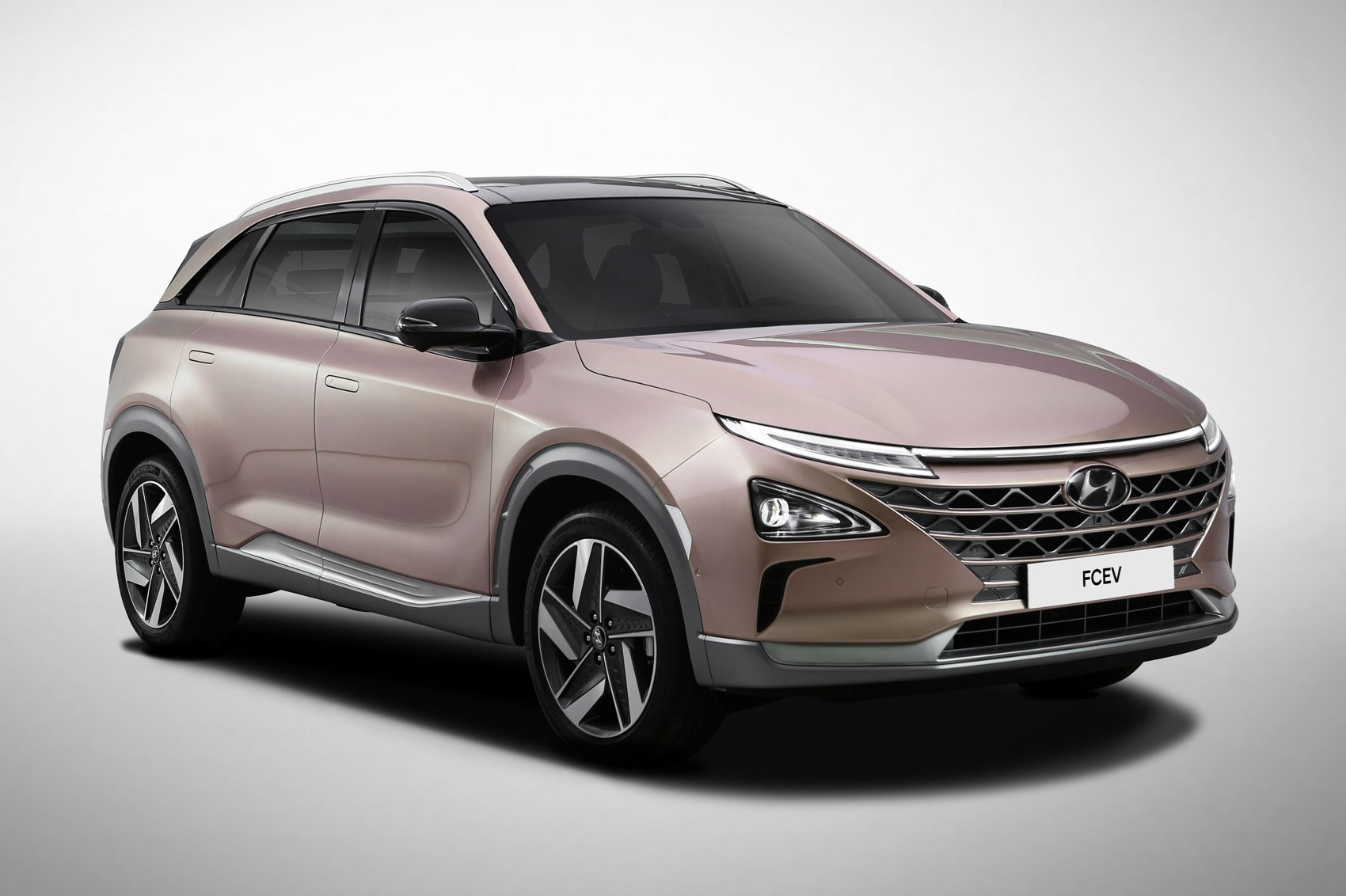 new hyundai nexo hydrogen suv heading for uk in january 2019 car magazine. Black Bedroom Furniture Sets. Home Design Ideas