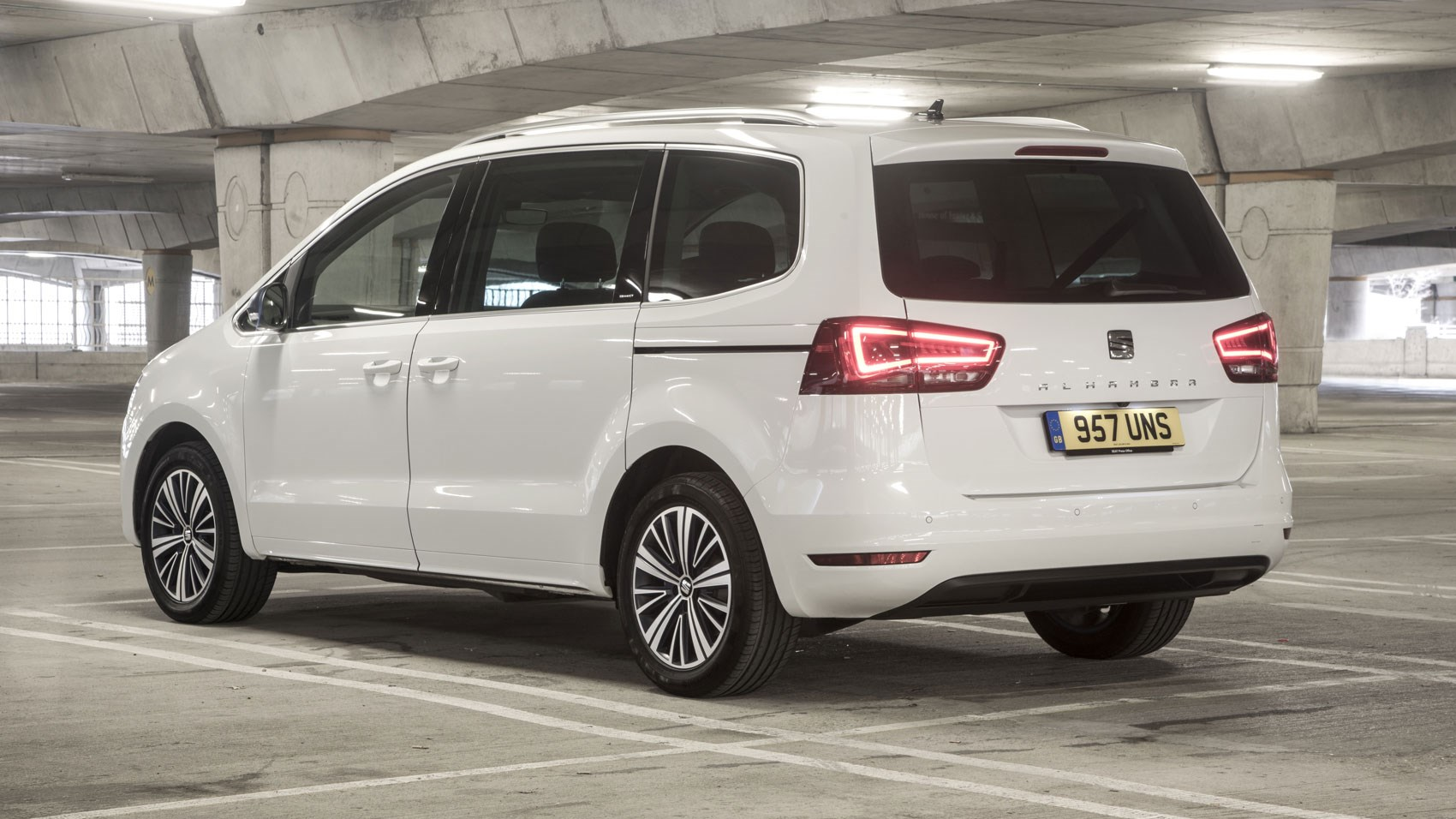 seat alhambra mpv 2018 review car magazine. Black Bedroom Furniture Sets. Home Design Ideas
