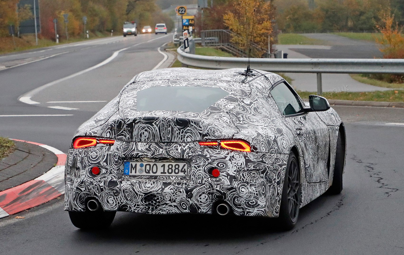 Merveilleux LED Rear Lights Visible Through The Camo On This Toyota Supra Prototype