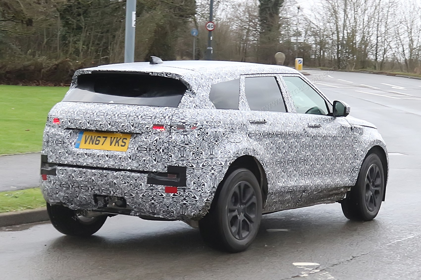 New 2019 Range Rover Evoque spy photos specs prices