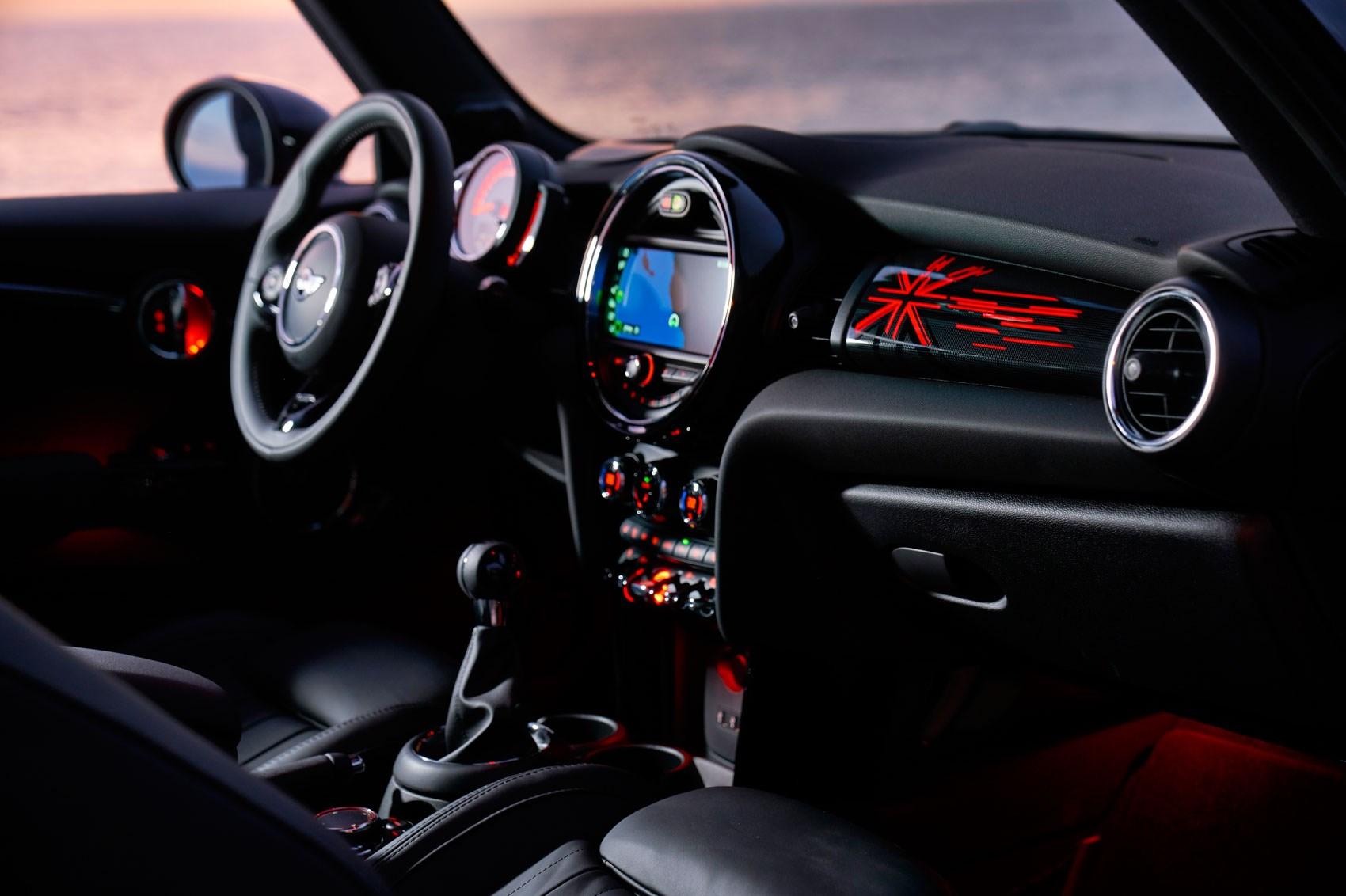 New 2018 Mini hatchback, five-door, Convertible facelift