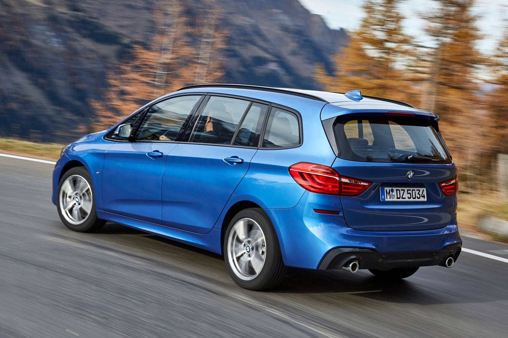 bmw 2 series active and gran tourer facelift revealed. Black Bedroom Furniture Sets. Home Design Ideas
