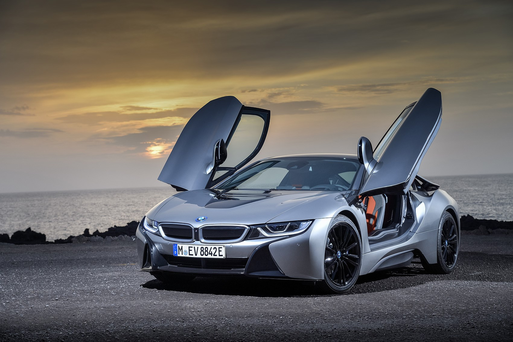 The New 2018 Model Year Bmw I8 Unveiled At Detroit Motor Show