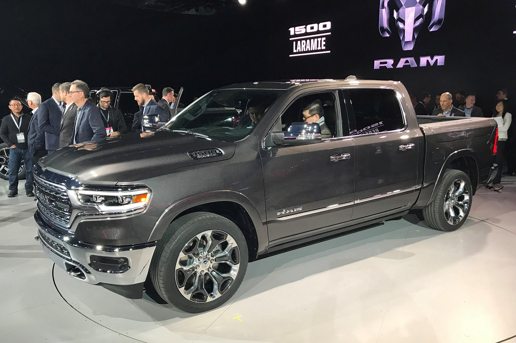 New 2019 Ram 1500 Pick Up Unveiled Pictures Specs