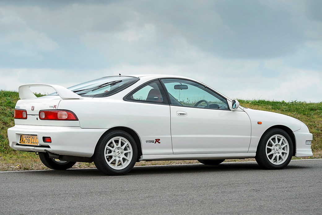 The First Type R In UK Japan Got It Three Years Earlier With Different Lights Its 18 Litre VTEC Engine Found 30bhp On Top Of Donor Civic VTis