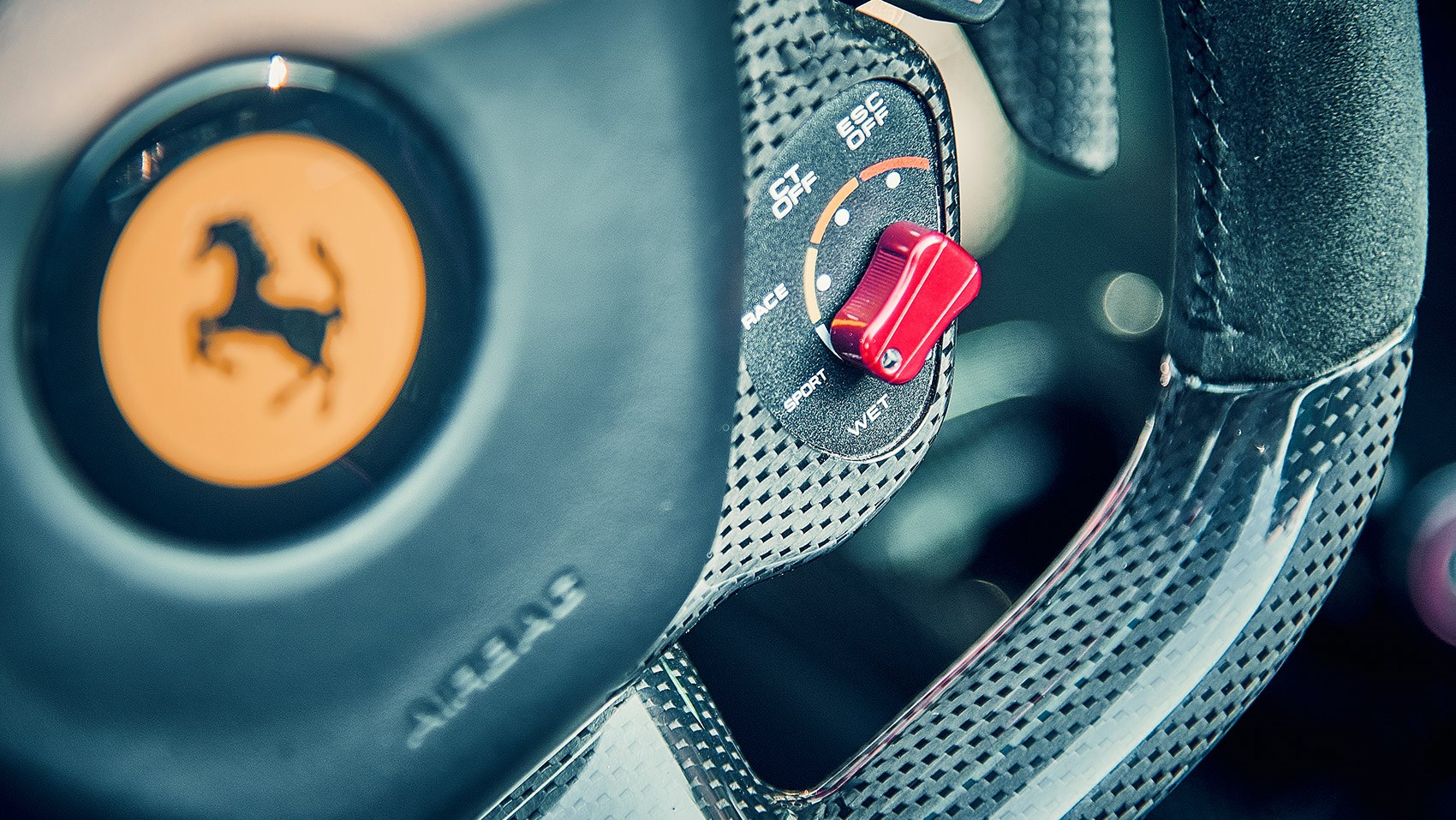 LaFerrari Aperta manettino switch in the interior