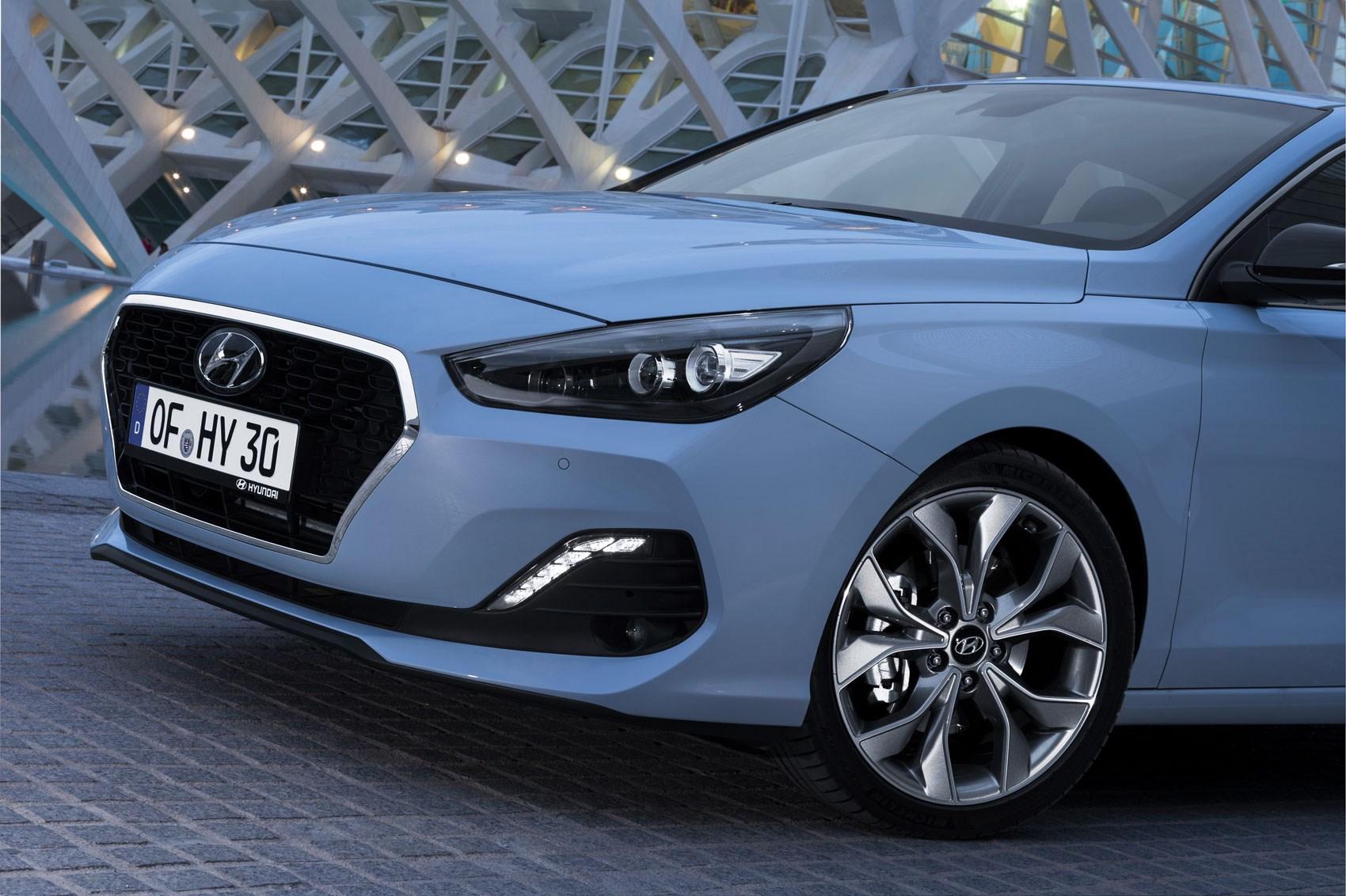 Hyundai i30 Fastback front detail