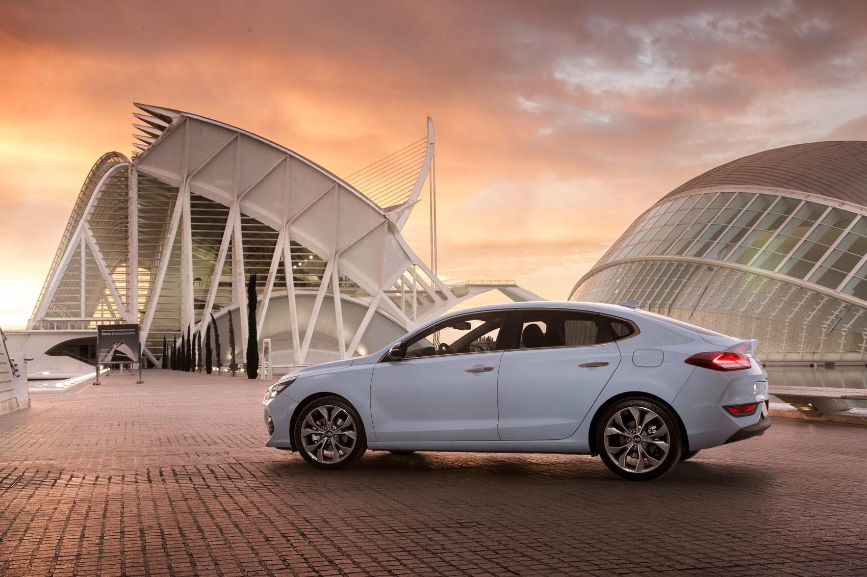 Hyundai i30 deals uk